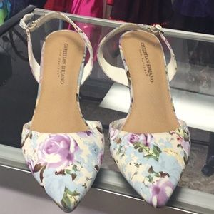 Retro style floral heels by Christian Siriano